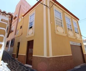 Stadthaus 2448 La Palma